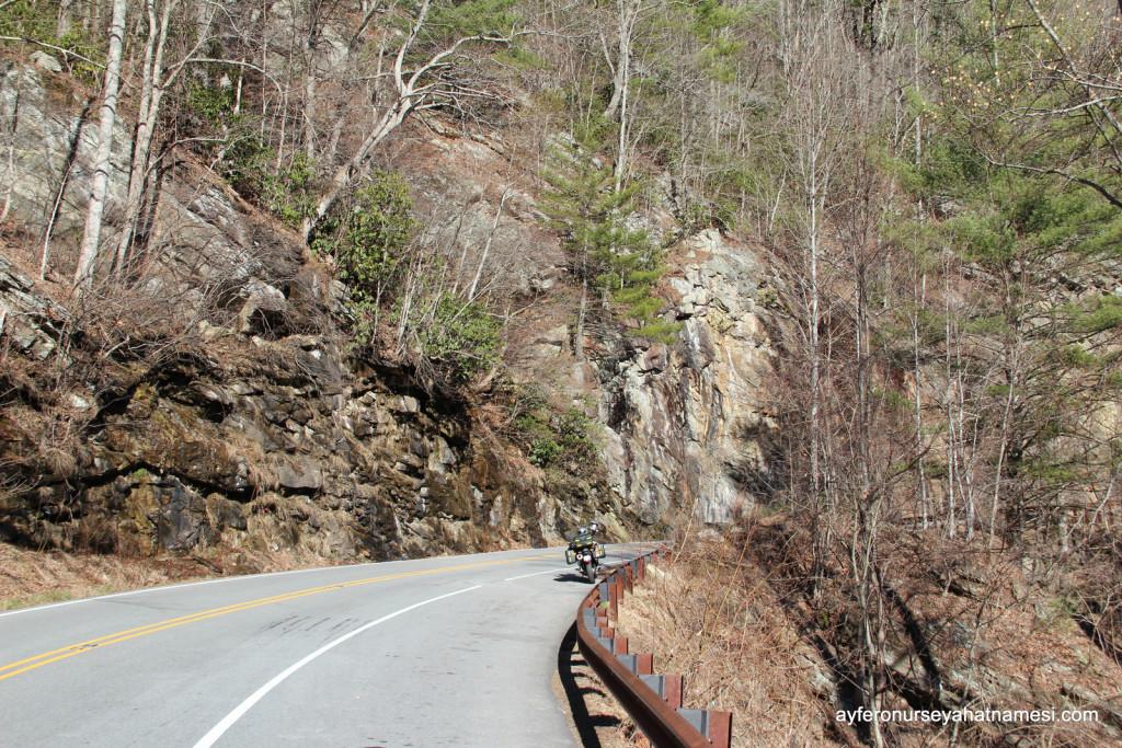 US Highway 64 nolu yoldan...
