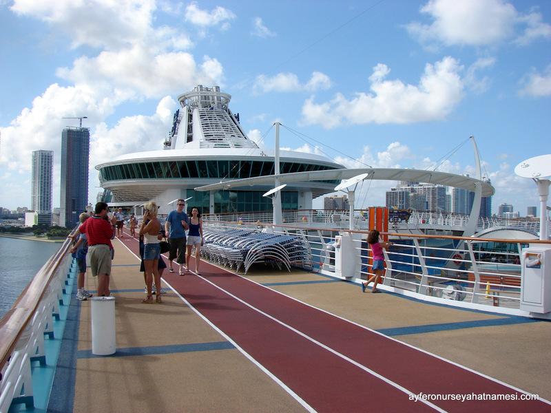 Koşu parkuru, Royal Caribbean Cruise Turu