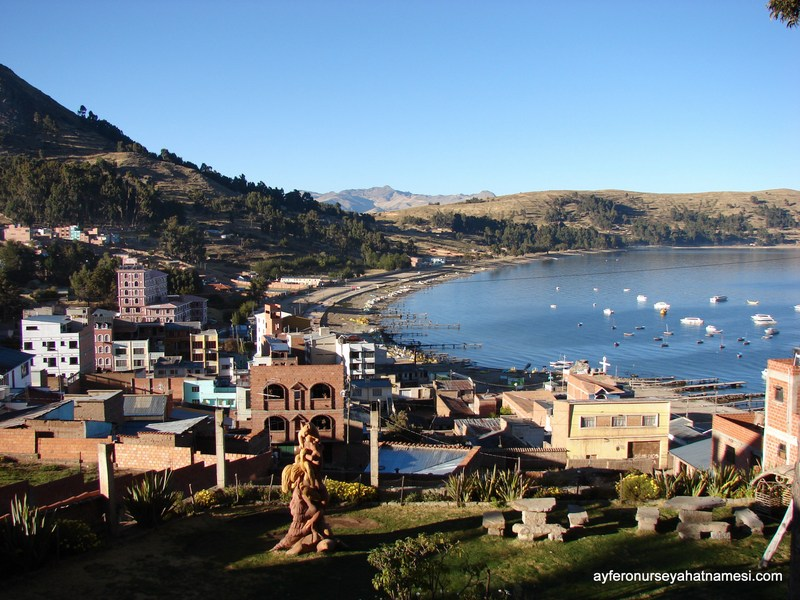 Hostal La Cupala'dan Titicaca Göl Manzarası