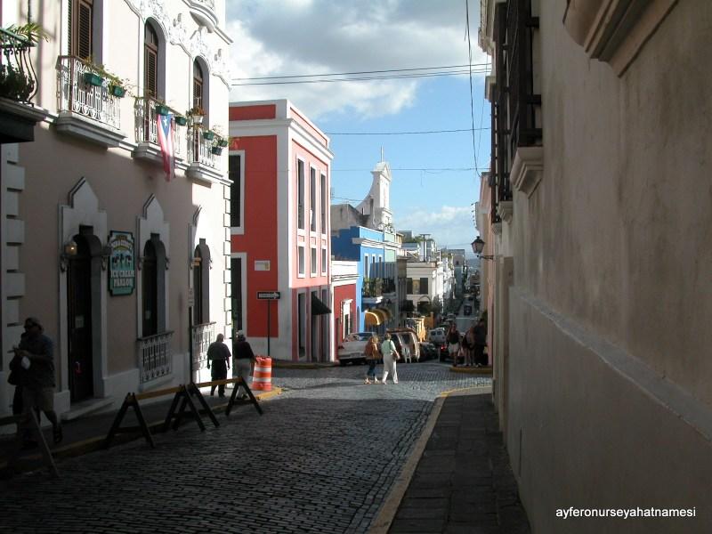 Tarihi San Juan sokaklarından...