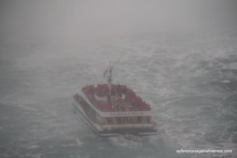 Hornblower Niagara Cruises & Horseshoe Falls
