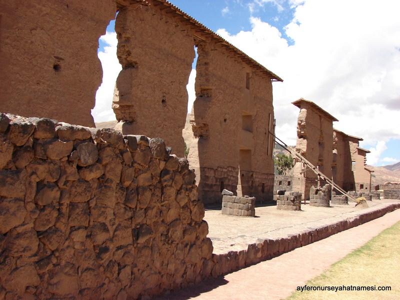 Raqchi İnka Arkeolojik Alanı