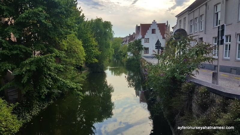 Kanallar şehri Brugge