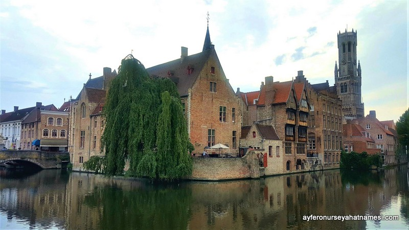 Quay of the Rosary-Brugge